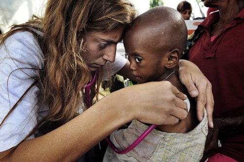 Hacer testamento y beneficiar a una ONG