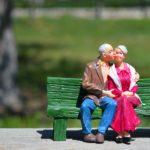 Aspectos legales a tener en cuenta para un matrimonio sin hijos que quiere dejar la herencia a un amigo