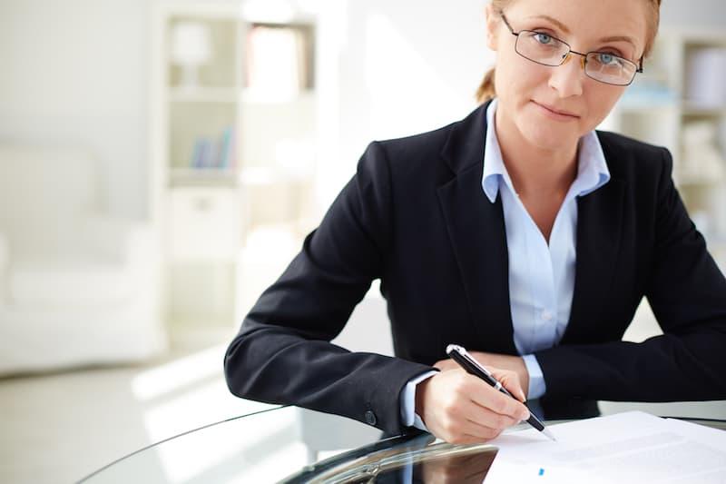 ¿Se puede hacer testamento sin notario? Testamento ológrafo a mano