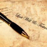 ¿Puedo añadir cláusulas en el testamento?